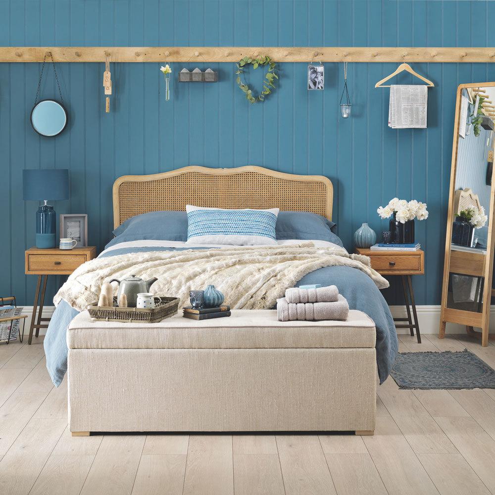 Three Easy Ways To Create A Beach Themed Bedroom