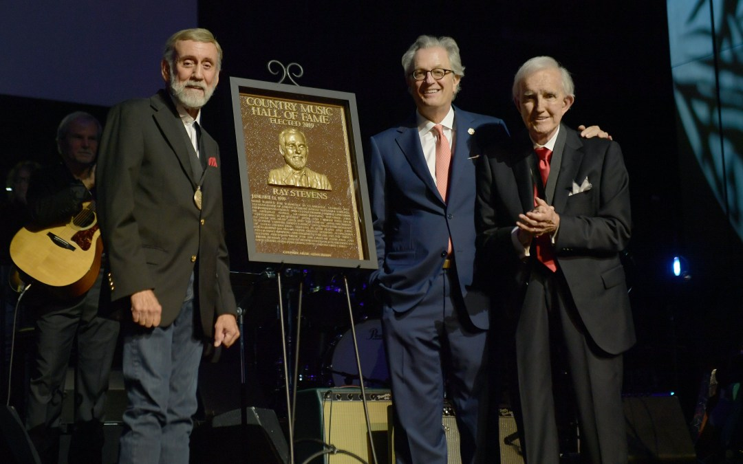 Ralph Emery Formally Inducts Stevens into Historic Institution at Medallion Ceremony Held at the Country Music Hall of Fame® and Museum in Nashville