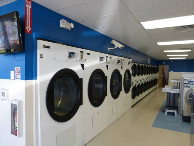 Plaza Laundry 1
