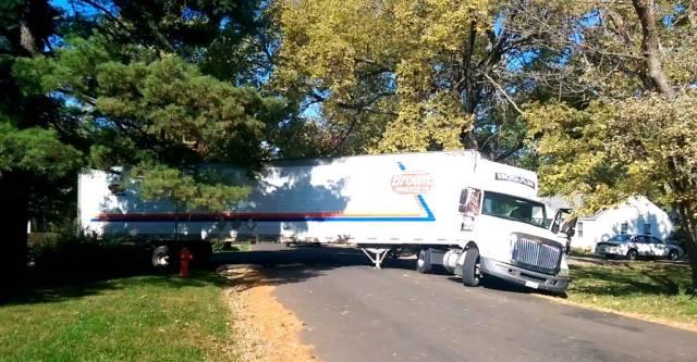 truck on Elm