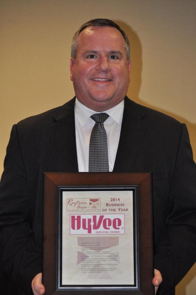 2014_Business_of_the_Year__HyVee1024