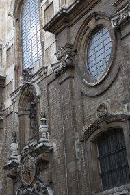 Belgium-brussels-traveling-travel-blog-architecture-Down-to-Grand-place -6