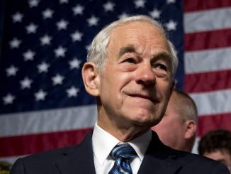 Ron Paul despre Julian Assange
