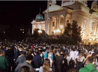 revoultie la Belgrad