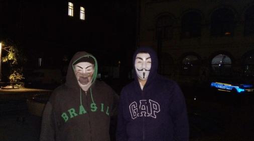 Mişcarea Anonymous: Protest legal conturbat de poliția română