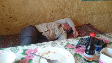 Food coma wipe out in the heat after lunch one day