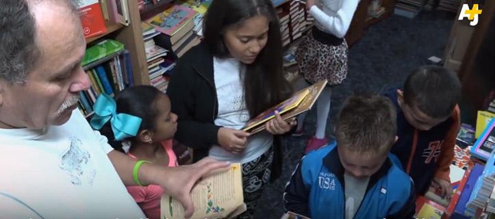 colombiano biblioteca comunitária crianças