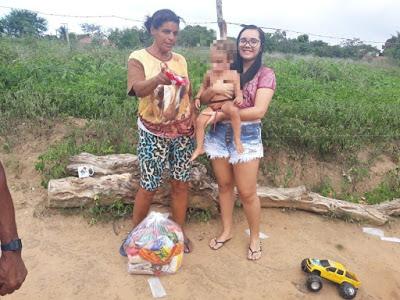 Jovem estudante de Inhambupe troca festa de 15 anos por ajuda social