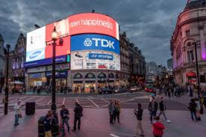 Piccadilly Circus led