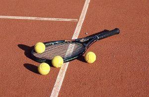 tenisul ajută la pierderea în greutate
