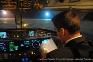 cabina pilotilor avion