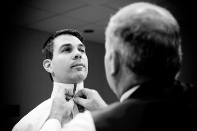 Groom and groomsmen getting ready | Columbus wedding photographer ...