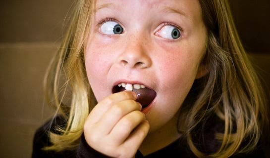Важная процедура удаление молочных зубов у детей