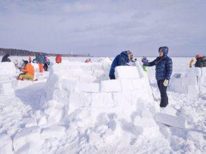 «Город эскимосов» построили на Обском водохранилище