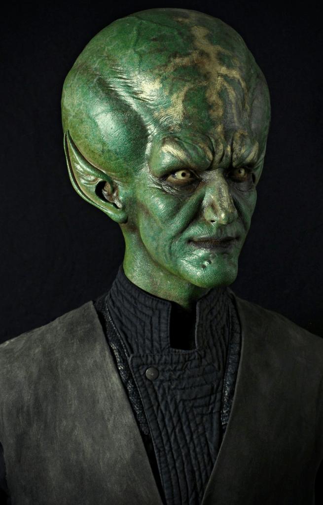 IMG 9366 1 655x1024 - MF76 & MAH6 (not seamed) - alien face & cowl