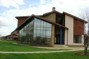 Фасадне скління приватних будинків