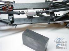 Ford F-150 - Schutzabdeckung für das RC4WD Verteilergetriebe entsteht