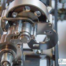 Gehäuse und Bodenplatte des Getriebes sind ebenfalls aus Aluminium