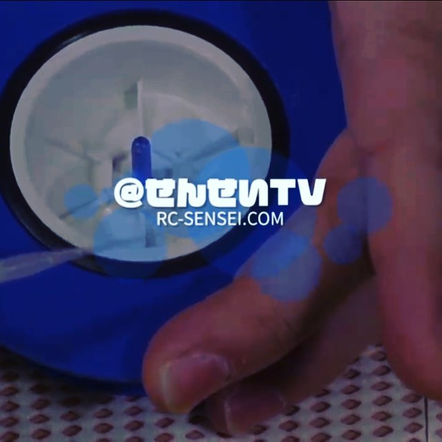 タイヤの組み方の動画をYouTubeチャンネルにアップしました初心者の方の参考になれば#ラジコン #ラジコンカー #ラジコン部 #ラジコン撮影 #ラジコンサーキット #動画 - from Instagram