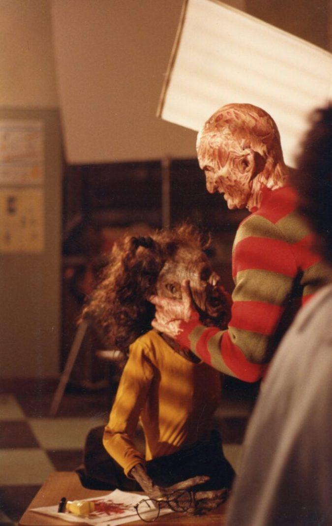 "NoES4 Robert E on set ""Zoe dead doll"""