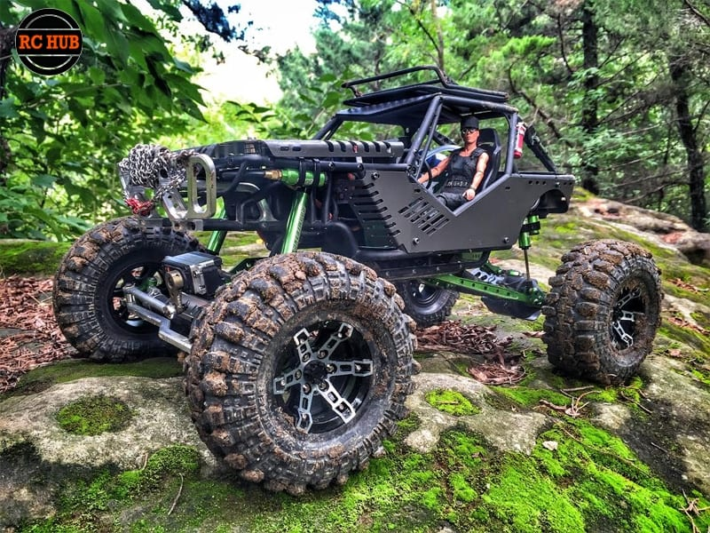 FAN FRIDAY FEATURED BUILD BY KELLY MCELDERRY
