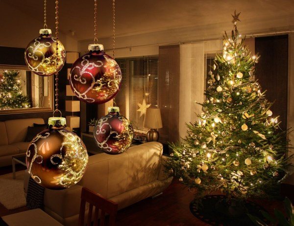 Christmas Decorations, tree lights reflecting from glass balls and mirror, tips to sell your house in winter RCI Plus Topsail