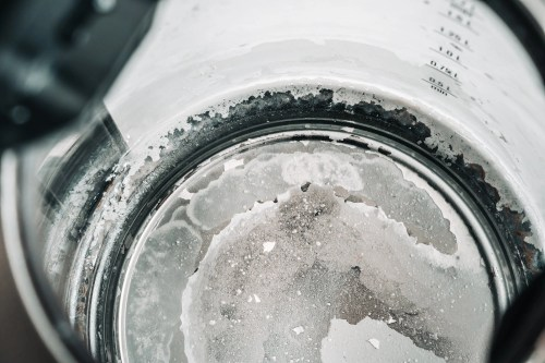 Limescale at the bottom of kettle