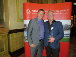 (L-R) Matt Le Tissier and John Chapman, Infallible Systems (contractor of the year award)