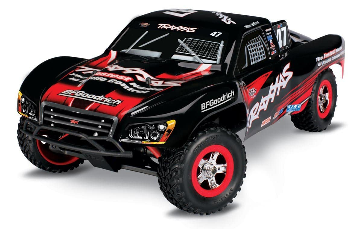 Holiday Hobby Happiness: Save 15% on Your Next Traxxas Purchase