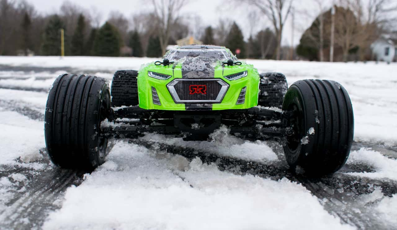 ARRMA Fazon Voltage - After the snow bash front