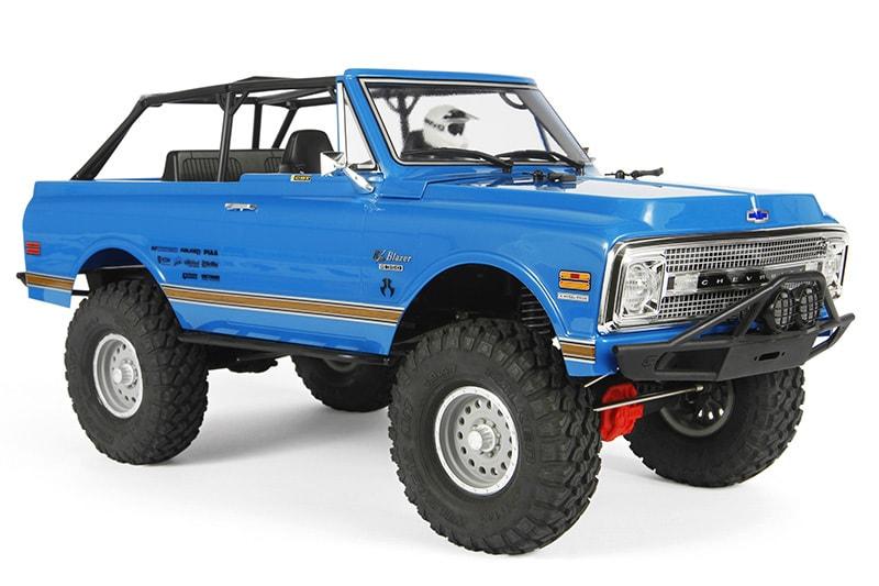 A Retro Rig: Axial's SCX10 II '69 Chevy Blazer RTR