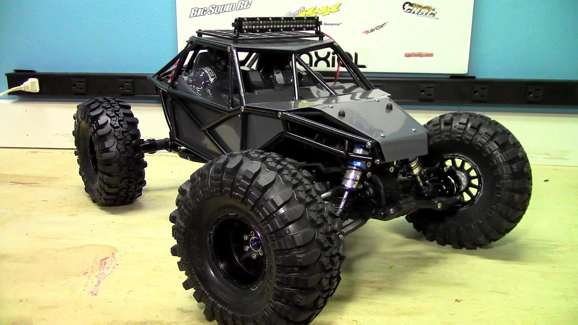 """One """"Bad"""" Build – RCOverload's Axial Yeti Upgrade Series [Videos]"""