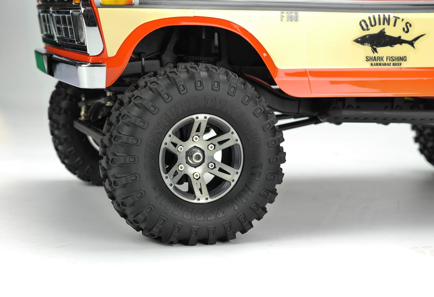 Carisma Scale Adventure SCA-1E with Free CNC Machined Wheels - Detail