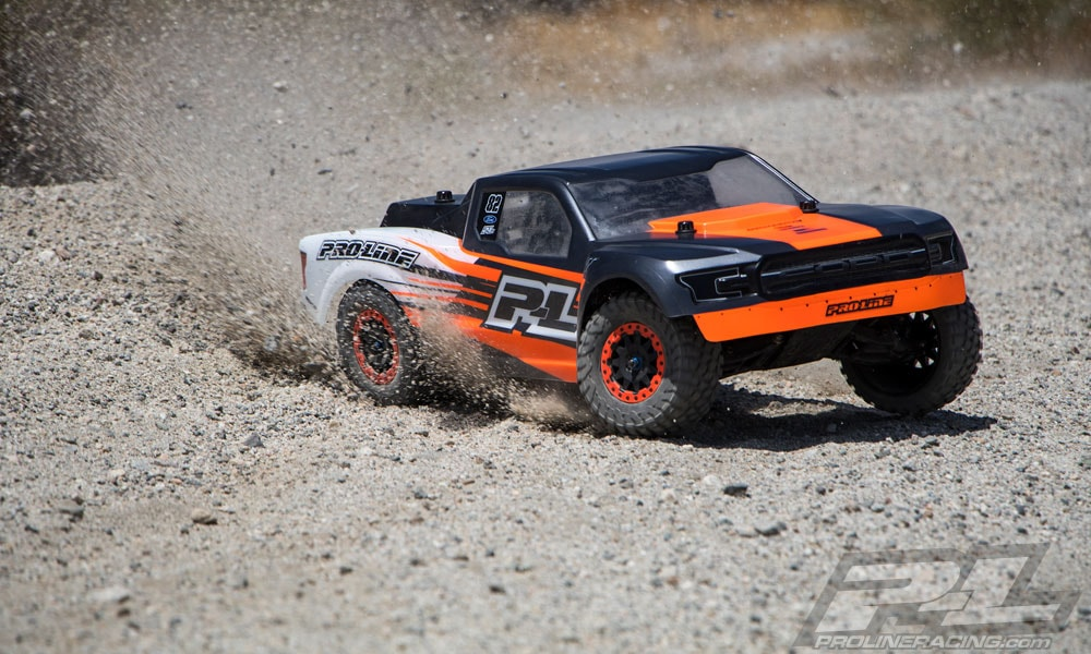 Pro-Line Ford F-150 Raptor Desert Truck Body - Outdoors