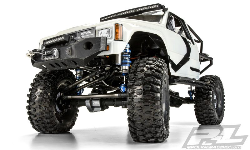 pro-line-ultra-reservoir-shocks-mounted-on-a-scale-trail-truck