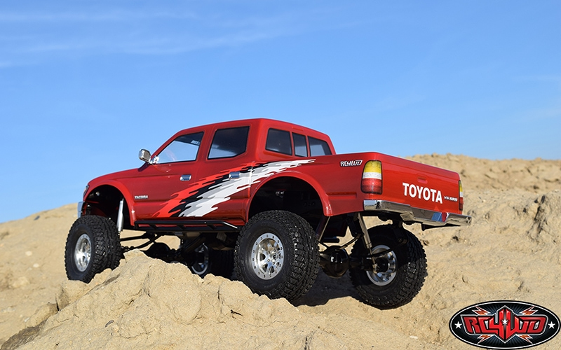 RC4WD 2001 Toyota Tacoma 4-door Body for the Trail Finder 2 LWB