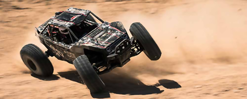 Redcat Racing Camo-X4 Rock Racer - Action