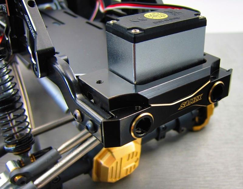 Samix-Element-RC-Brass-Front-Bumper-Mount-Installed.jpg