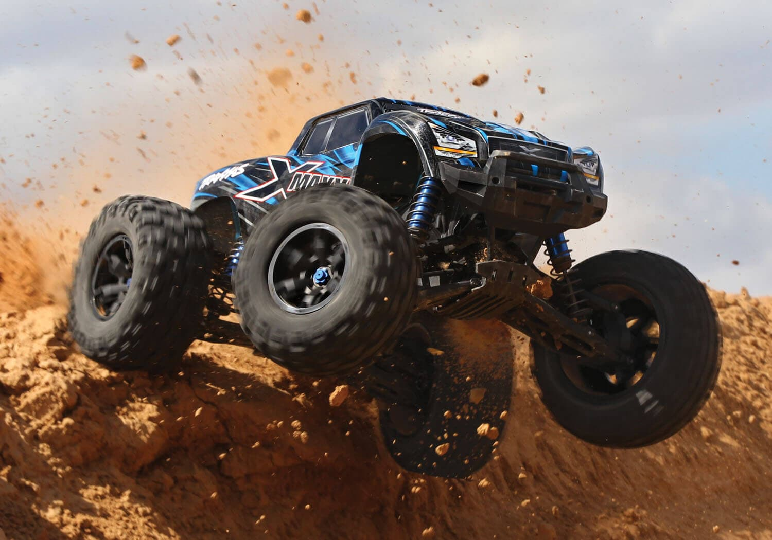 Traxxas Rocks the R/C World with X-Maxx