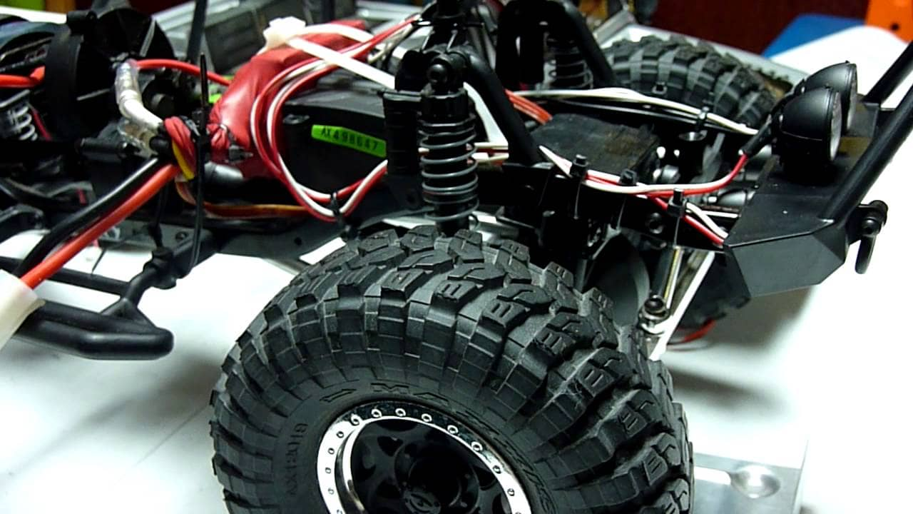 Unboxing and Installing Pro-Line's PowerStroke Performance Scaler Shocks