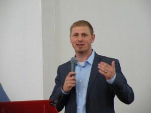 Pastor Craig Shepperd