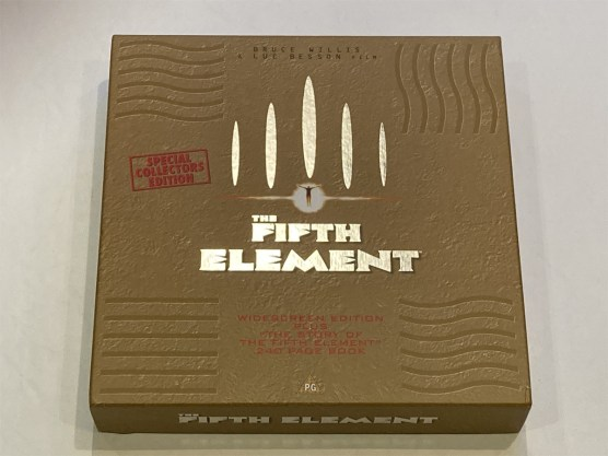 the-fifth-element-special-collectors-edition-001