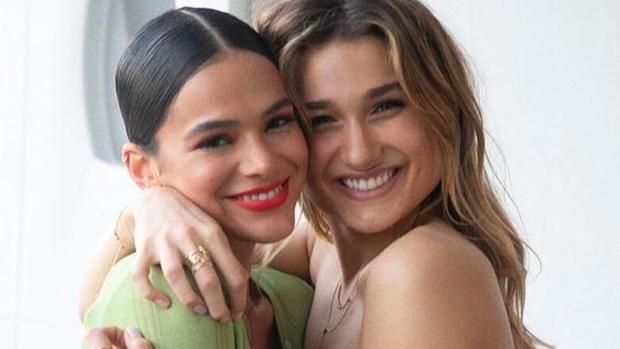 Bruna Marquezine and Sasha Meneghel