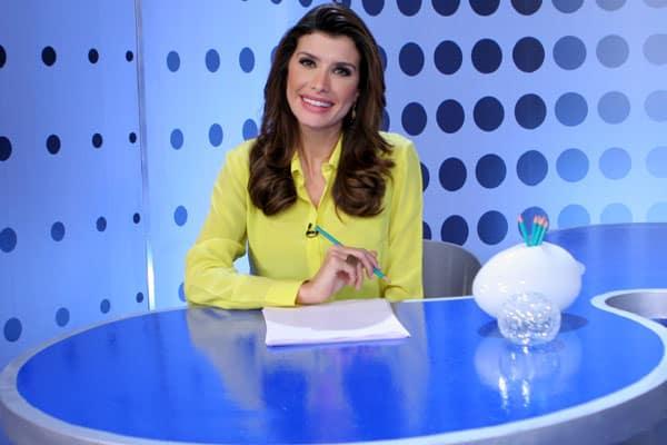 "Carol Castelo Branco ancora o ""Jornal da Semana"""