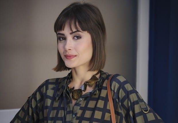 Maria Casadevall ganhará contrato longo; atriz é exceção