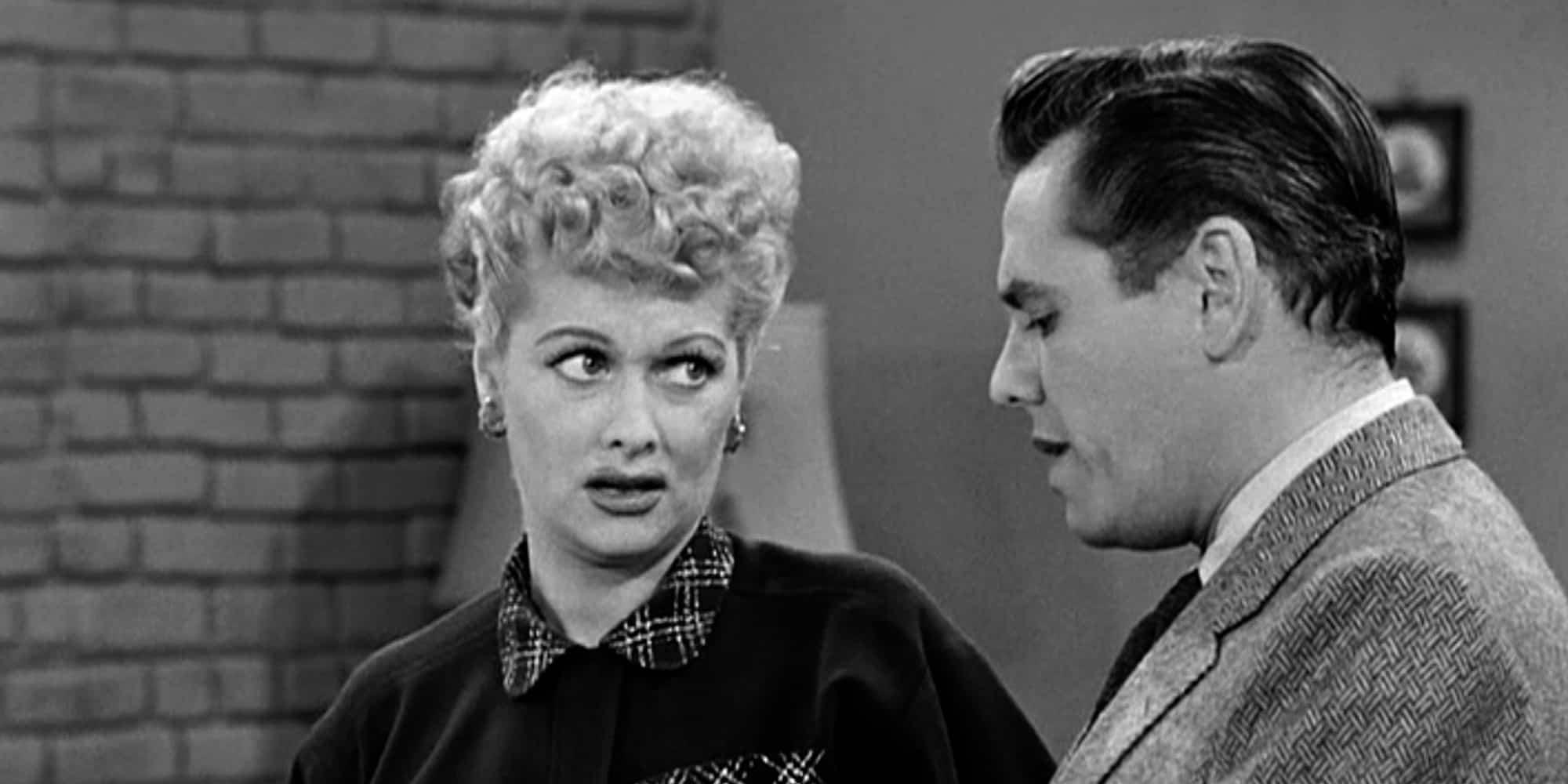 """Tomado por um sopro de sensatez, o SBT resolveu interromper a exibição diária de """"I Love Lucy"""""""