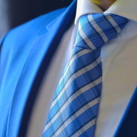Luxusná Hodvábna Kockovaná Kravata. Nebesky Modrá.