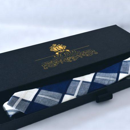 Modrá bavlnená kravata z prémiovej bavlny RDB Royal v luxusnom darčekovom balení v prevedení SLIM