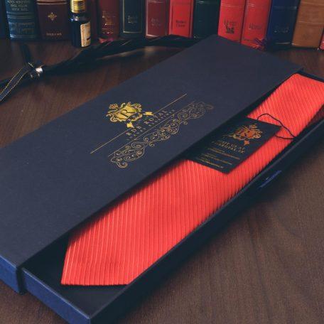 Luxusná červená jednofarebná hodvábna kravata z tkaného prémiového hodvábu