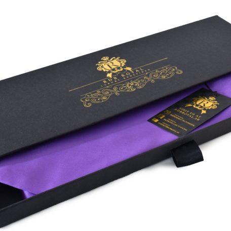 Luxusná fialová jednofarebná kravata zo zamatovo jemného hodvábu
